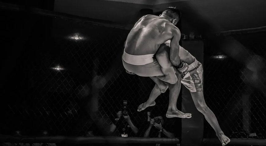 Utvalda bilder Robert Whittaker pa jakt efter UFC guld - Robert Whittaker på jakt efter UFC-guld